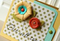 Chipboard mini albums - felt 3-d flower