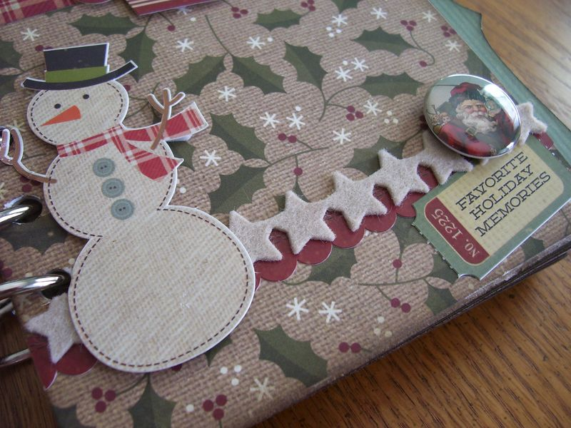 Chipboard Mini Albums - Christmas Countdown snowman frnt cvr