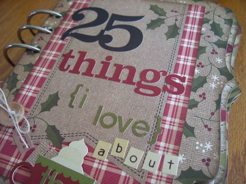 Chipboard Mini Albums - Christmas Countdown cover closeup