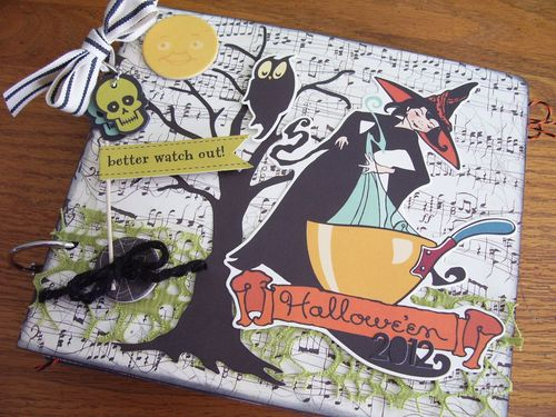 Chipboard mini albums - Beware Halloween album Cover
